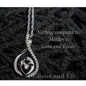 Beautiful  mother/ daughter necklace